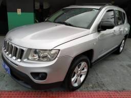 Jeep Compass  Sport 2.0 c/ Teto  2012 R$ 49,900