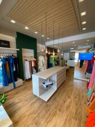 Título do anúncio: Repasso loja de roupa no guararapes