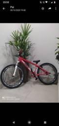 Bicicleta perifa nova