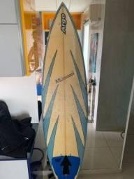 Título do anúncio: Prancha Surf 6'3 com a capa alcochoada