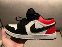 Nike Air Jordan - vermelho e preto 34/35