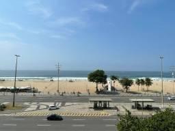 Título do anúncio: Apartamento para venda possui 165 metros quadrados com 3 quartos em Copacabana - Rio de Ja