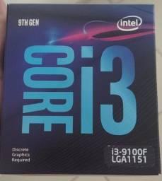 i3 9100F Semi-novo LGA-1151 na caixa.