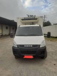 Caminhão Iveco 70C17