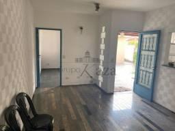 Título do anúncio: D. Casa - Edícula - Vila Guaianazes - 1 Dormitório - 50m²