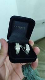 Alianças e anel solitário em prata 925. NÃO foi usada, foi apenas retirada da loja.