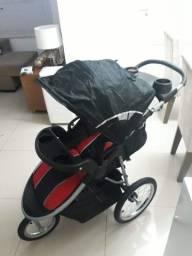Título do anúncio: Carrinho de bebê 3 rodas