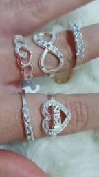 Título do anúncio: Anéis prata 6 meses de garantia