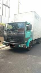 Caminhão 3x4 MB 712C 99/98 bau seco - 1999