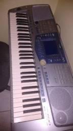 Teclado Yamaha PSR 1100