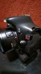 Vendo Canon T3i + 50mm Canon + 70-300mm + Gripp + Duas Baterias