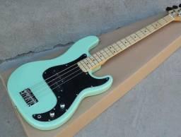 Baixo Fender Precision Bass 4 Cordas