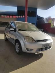 Fiesta Sedan 1.6 2005 C/ Ar-condicionado e Direção Hidraulica !!!!! - 2005