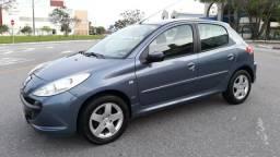 Peugeot 207 XR 1.4 8v - 2009