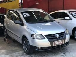 Volkswagen Fox Trend flex 4 Portas ótimo preço - 2006