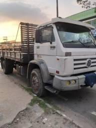 Caminhão 13180 vw - 2005