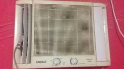 Ar Condicionado (janela) 10.000 Btu's - usado
