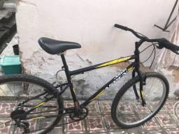 Vendo essa bike semi nova