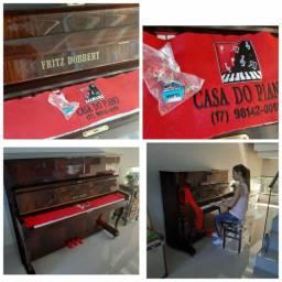 Pianos a venda