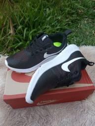 Tenis Nike Bali