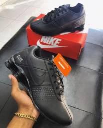Nike couro
