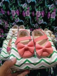 Pra vender agora 4 pares sapatinho de bebê tamanho 16