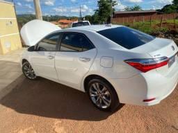 Toyota Corolla xei 19/19 branco pérola novíssimo!