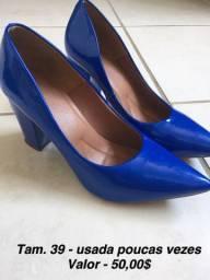 Scarpin Azul