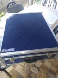 Mesa Yamaha Mg20xu 20 Canais + Efeito + Usb