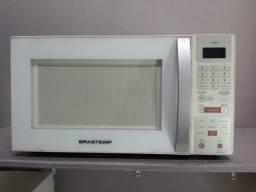"""Título do anúncio: Micro-ondas Brastemp Maxi """" 90 DIAS DE GARANTIA"""""""