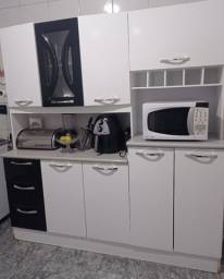 Armário de Cozinha Conservado