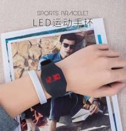 Airdots  /  relógio Nike led