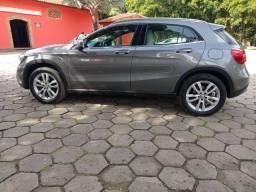 Mercedes-Bens GLA 200 2016