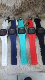 Relógios a prova de água R$85,00