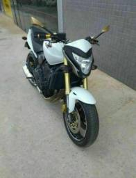 Moto  CB 600 Hornet