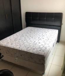 Cabeceira de cama de courino preto