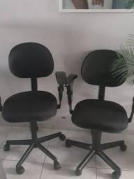 Cadeira giratória Semi