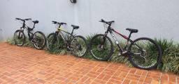 Bicicletas em ótimo estado de conservação.