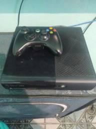 Xbox 360 super slin 250gb