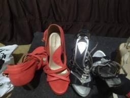 Vendos lotes sandálias e botas