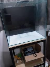 aquario 100 litros nunca usado mais base de metalon