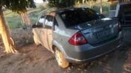 Carro bom barato e bom - 2011