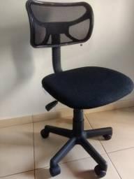 Escrivaninha + cadeira (Urgente)