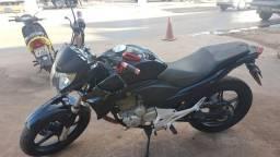 Cb 300 Preta impecável - 2012