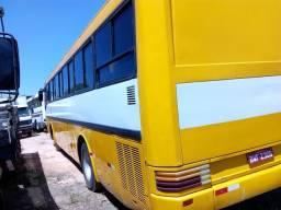 Vendo jeep e ônibus - 1991