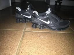 Tens Nike show