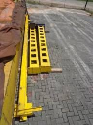 Pórtico rolante Truckfort com talha capacidade de 3 toneladas