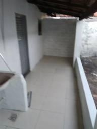 Barracão de 1 quarto, sala, e cozinha, perto do shopping do cerrado