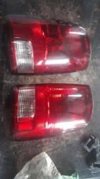 Lanterna direita Dodge Ram 2012 (Leia o anúncio)