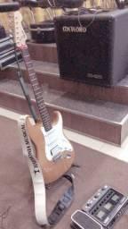 Guitarra squier fender Califórnia com humbucker e pedaleira zoom G3x comprar usado  Jaraguá